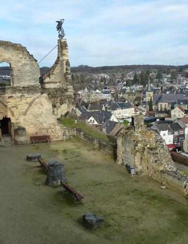 Der Rittersaal der Burg