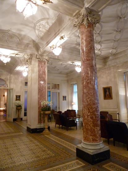 Eingangshalle des Hotel Schweizerhof Luzern