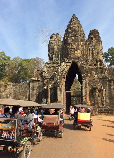 Südtor Angkor Thom - Reise durch Vietnam und Kambodscha
