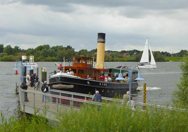 Dampfeisbrecher Elbe