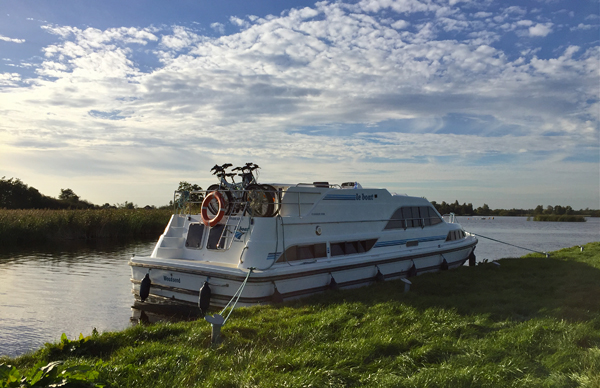 Hausboot in Friesland