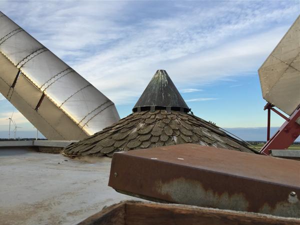 Auf dem Dach der Windmühle