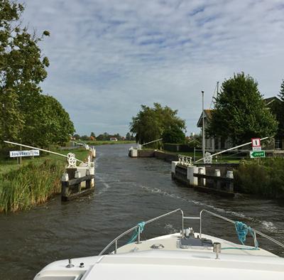 Unterwegs mit dem Hausboot