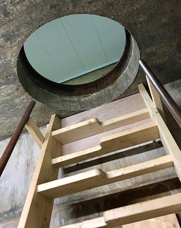 Treppe im Käsebunker