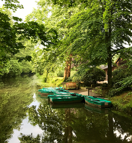 Ruderboote am Landgasthof Haarmühle