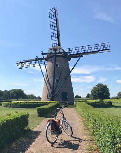 Windmühle in Hapert in Nordbrabant