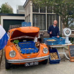 Dünenkartoffeln in Zandvoort - Verkaufsstand mit VW-Käfer